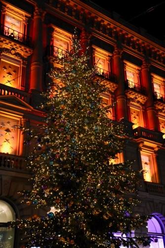Christmas lights on Paradeplatz