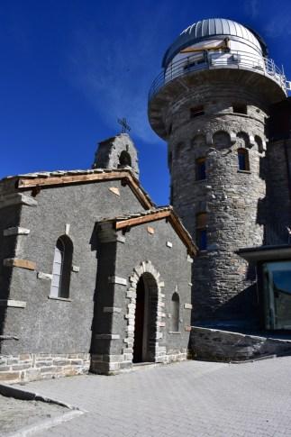 The church and the hotel 3100 Kulmhotel Gornergrat