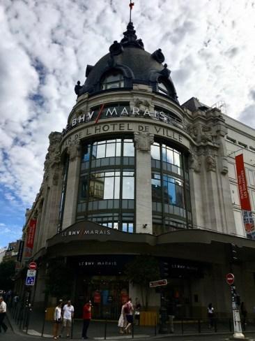 Paris, La Marais shopping mall