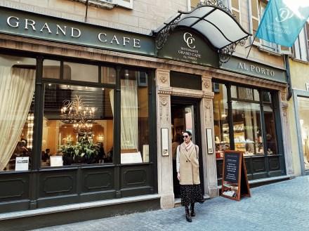 Food & Wine Tour in Lugano, coffee break at the historical Grand Cafè al Porto