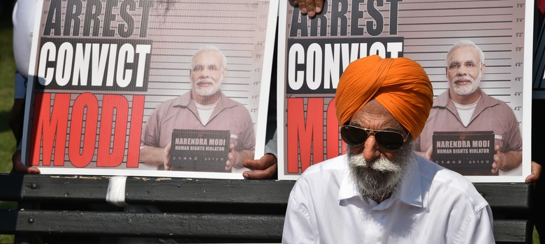 Why activists have started the modifail.com website to protest the PM's visit to Silicon Valley