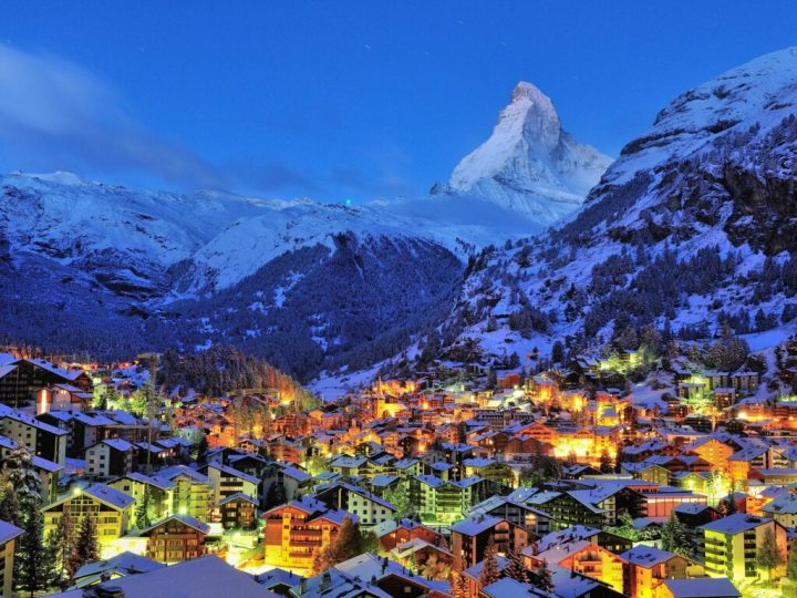 A view of the winter nightlife in Zermatt, Switzerland