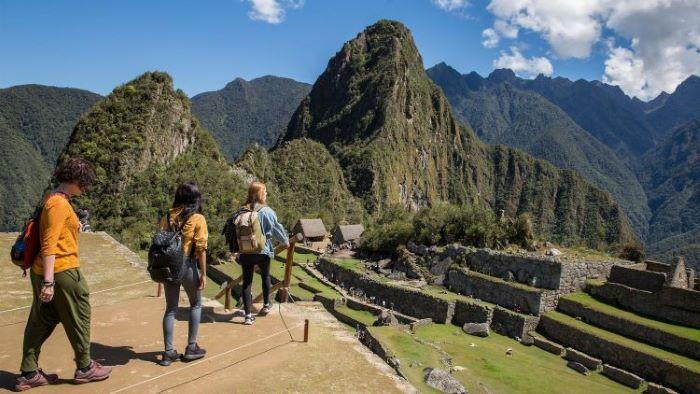 People hiking the majestic Inca Trail in Peru that leads from Cusco to Macchu Picchu