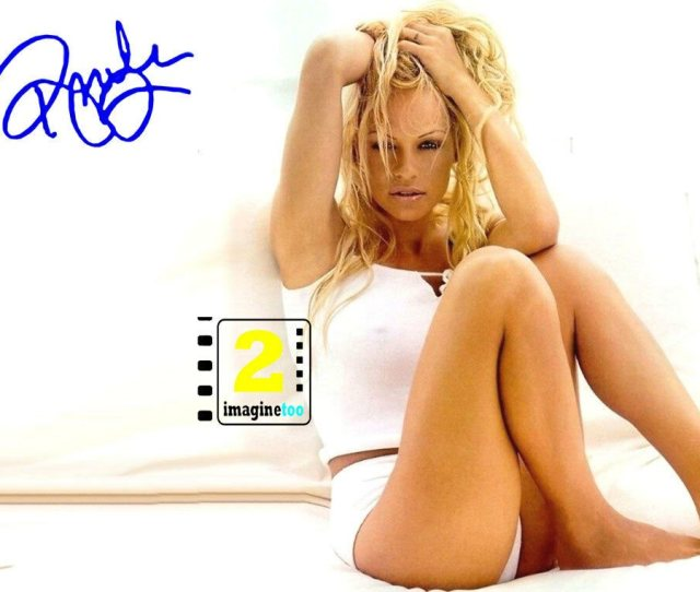 Pamela Anderson X  Signed Sexy Color Photo Reprint