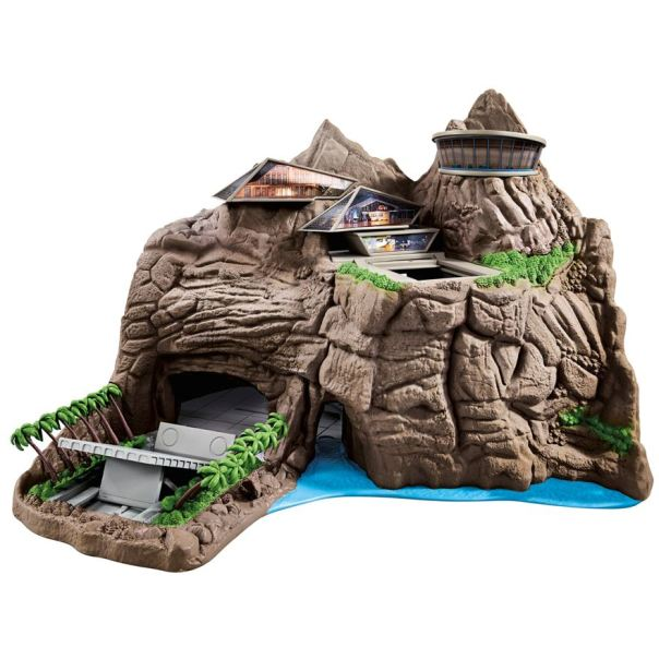 Thunderbirds Interactive Tracy Island Playset image-0