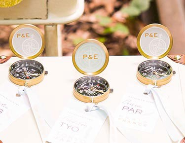 Unique Wedding Guest Gifts By Type Weddingstar