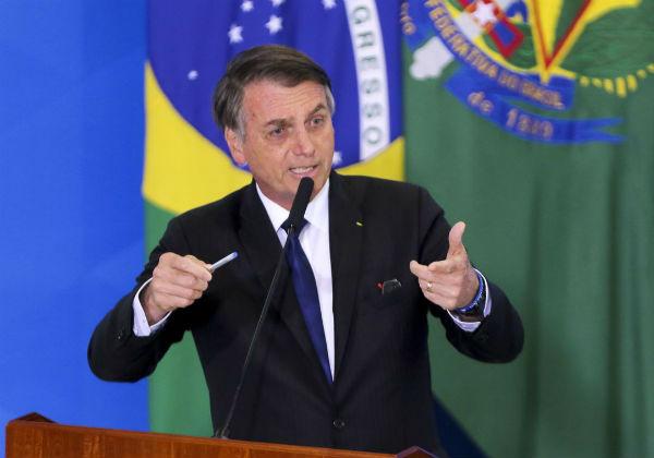 Bolsonaro autoriza contratação de brigadas florestais para conter incêndios 1