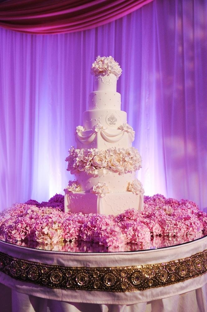 Cakes Amp Desserts Photos Hydrangea Cake Base Inside