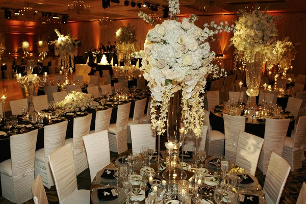 Timeless Black & White Wedding In Chicago, Illinois