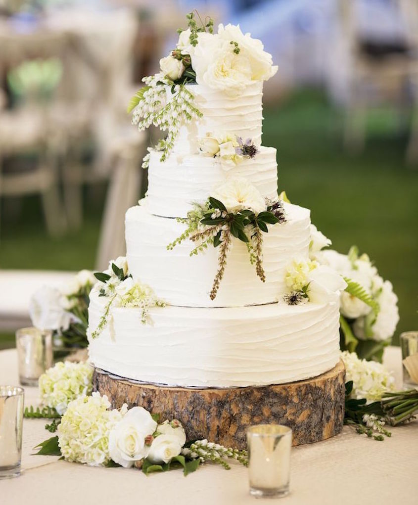Wedding Cake Displays  Natural Wood Cake Stands   Inside Weddings White rustic wedding cake on tree slab