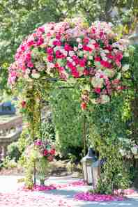 How To Decorate With Lanterns At Your Wedding