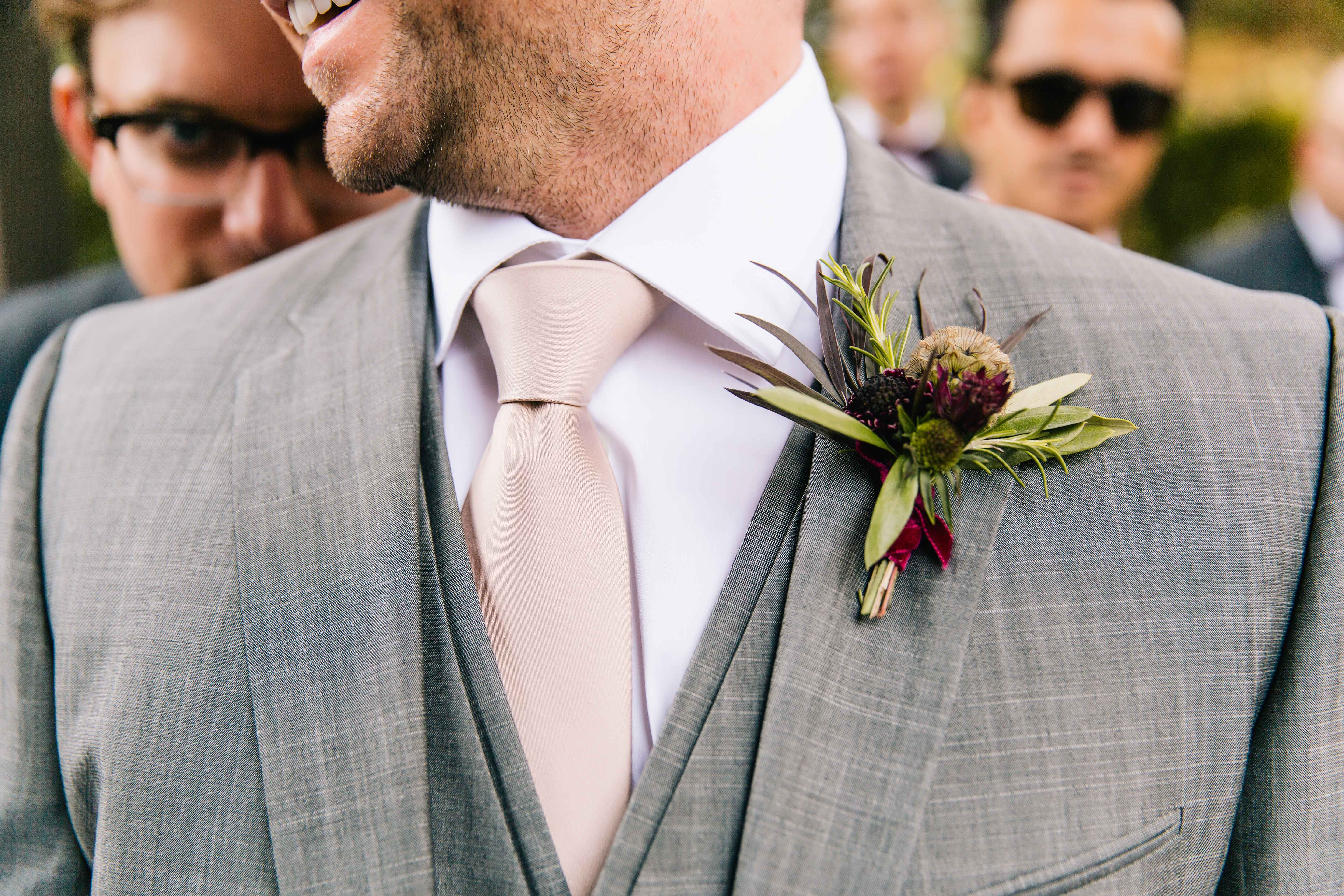 Wedding Flowers: Boutonniere Styles For Fall Weddings