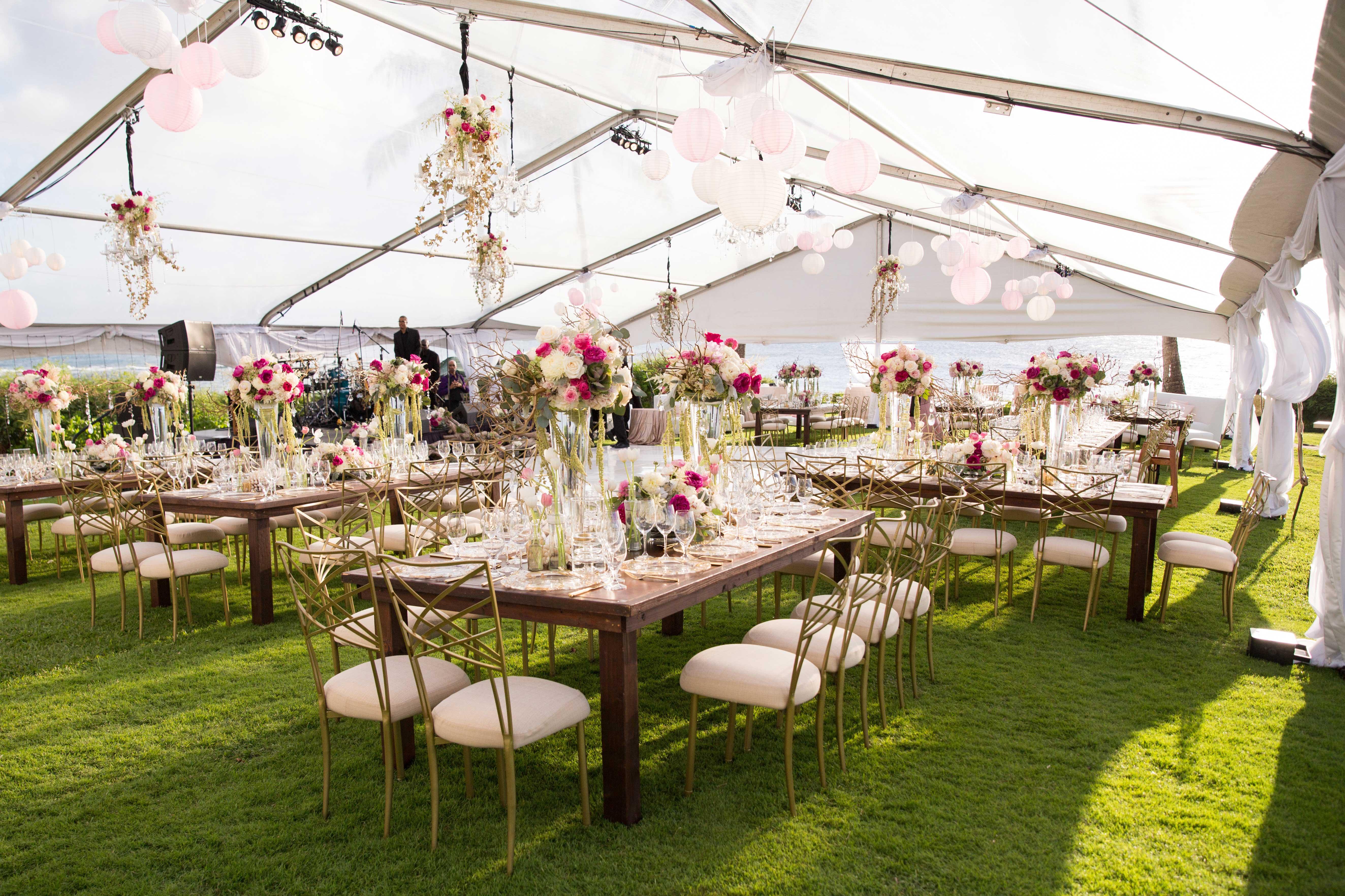 Wedding Ideas & Trends: Clear-Top Wedding Tents