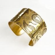 Brass_paisley_etched_cuff_bracelet_detail_gallery