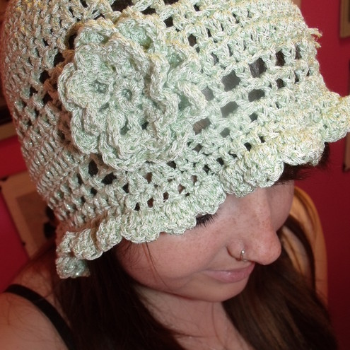 Crocheted cloche hat, BOOFILLY