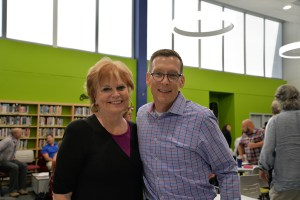 Carol Marin poses with District 211 Superintendent of Schools Dan Cates.