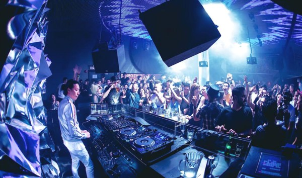 Clubs in Singapore: Dance the night away at the city's ...