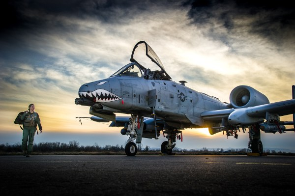 How a Small-Town Girl Ended Up in the Cockpit of an A-10 ...