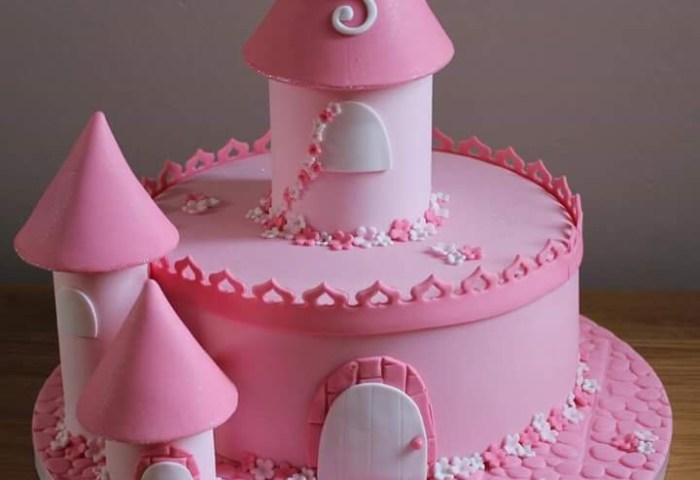 Awesome Cakes Designs Ideas For Your Babys First Birthday