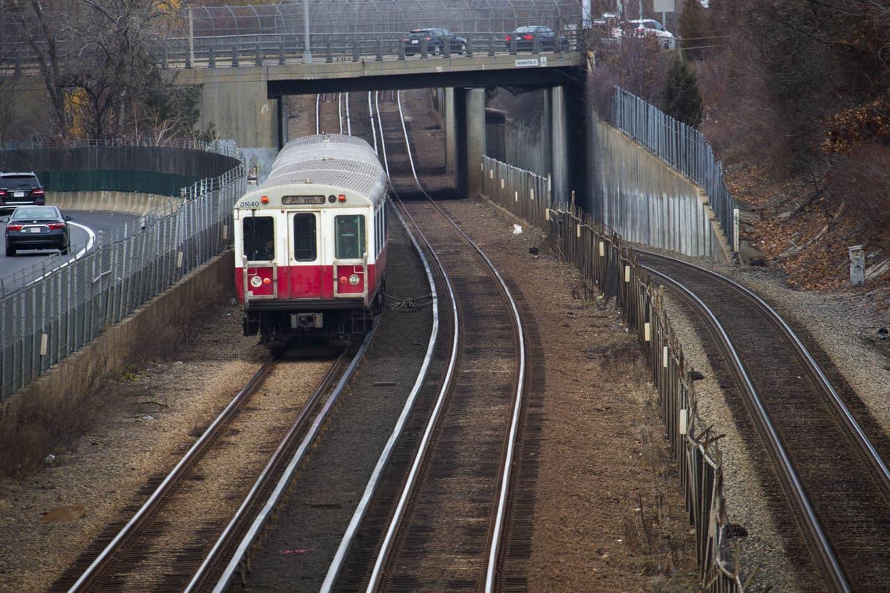 MBTA Considers Upgrading Full Red Line Fleet To Boost Capacity By 50 Percent | WBUR News