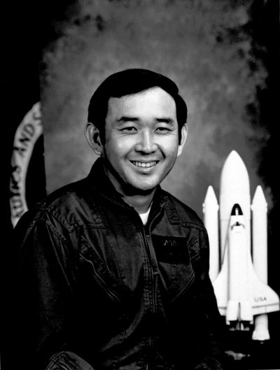Astronaut and Air Force officer Ellison Onizuka poses in a 1982 photo. (AP Photo)