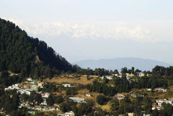 The popular tourist attraction in Nainital, Tiffin top offers majestic views of the valley