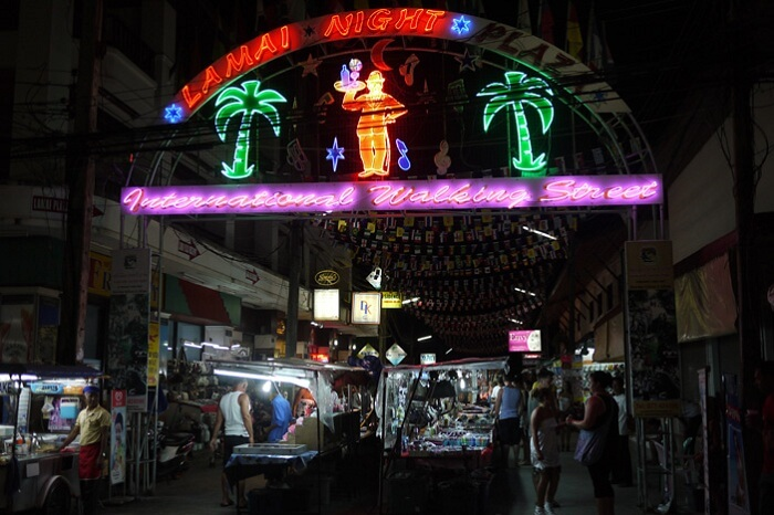 Tourists and locals shopping at the Lamai Night Walking Street