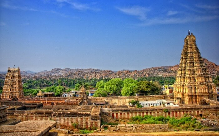 The ancient monuments from the Vijayanagara Empire at Hampi