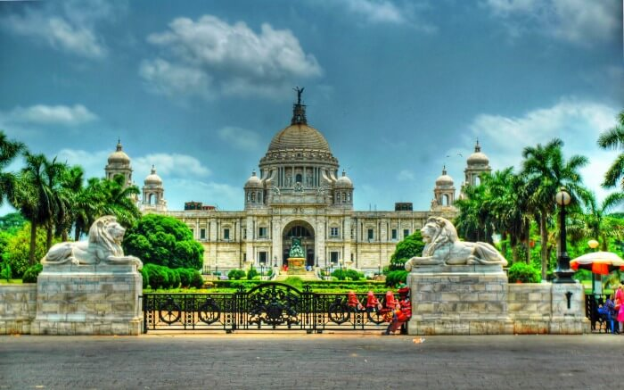 The white Makrana marbles of the Victoria Memorial Hall