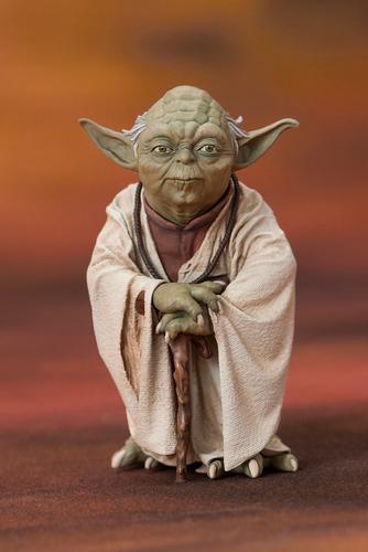 Star Wars Yoda Amp R2 D2 Dagobah Two Pack ARTFX Statue