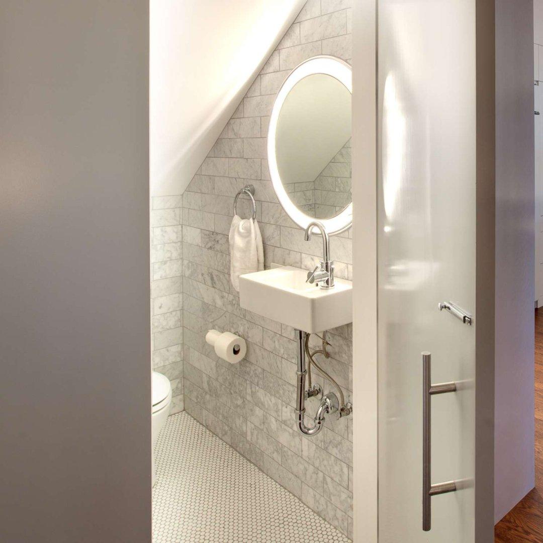 bathroom lighting ideas for small