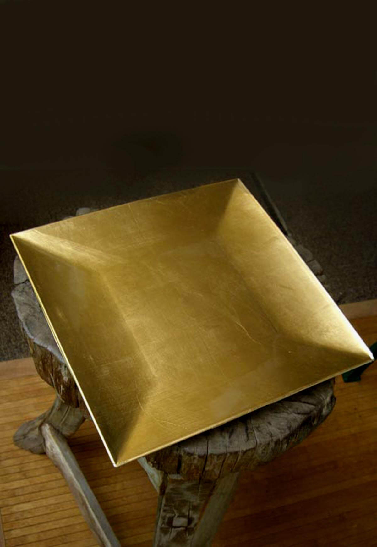 Gold Lacquered Square Charger Plates 12