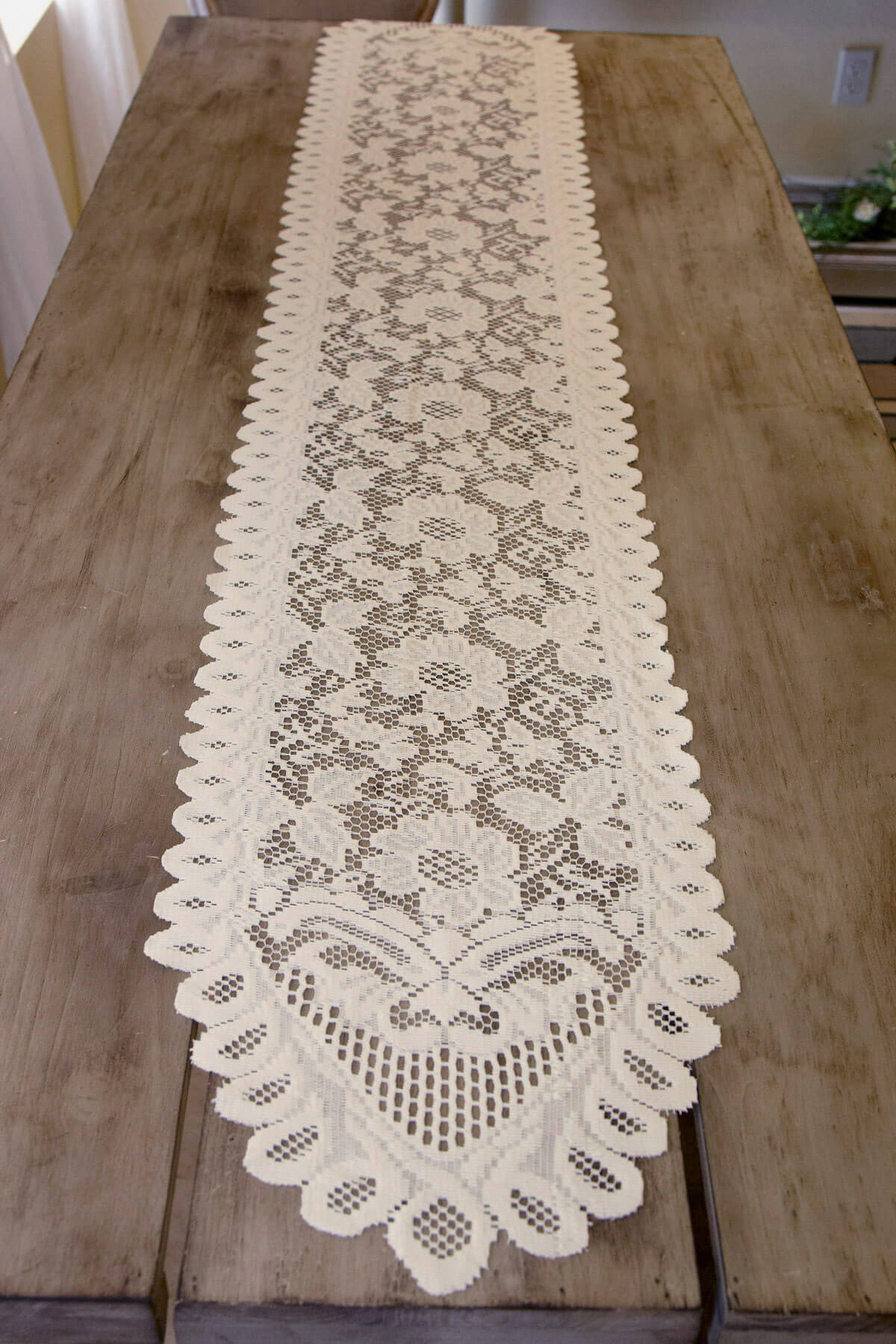 Ivory Lace Table Runner Amp Chair Sash 13 X 76in