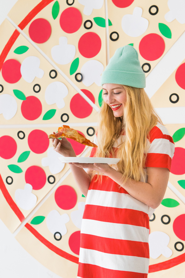 DIY Pizza Party Photobooth Happy Valentines Day 2018