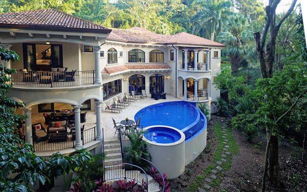 Casa Vista Paraiso Sustainable Home in Costa Rica