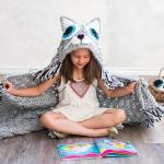 10 Crochet Hooded Blanket Patterns For Kids And Adults