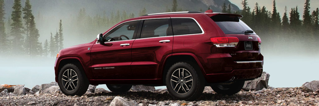 Back side profile of the 2019 Jeep Grand Cherokee