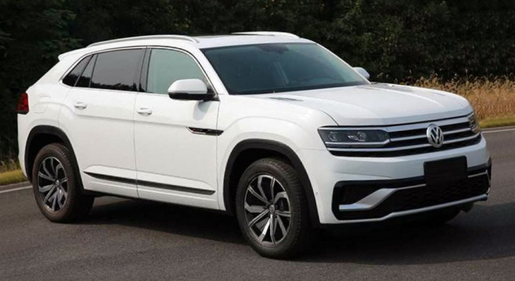 Le VW Atlas Cross Sport se montre