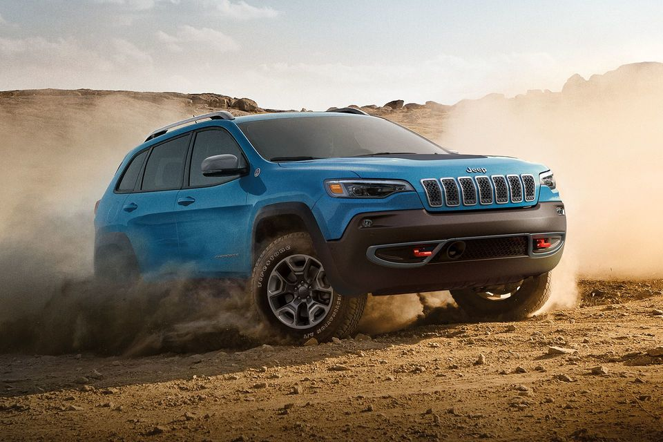 2019 Jeep cherokee Go Dodge Surrey