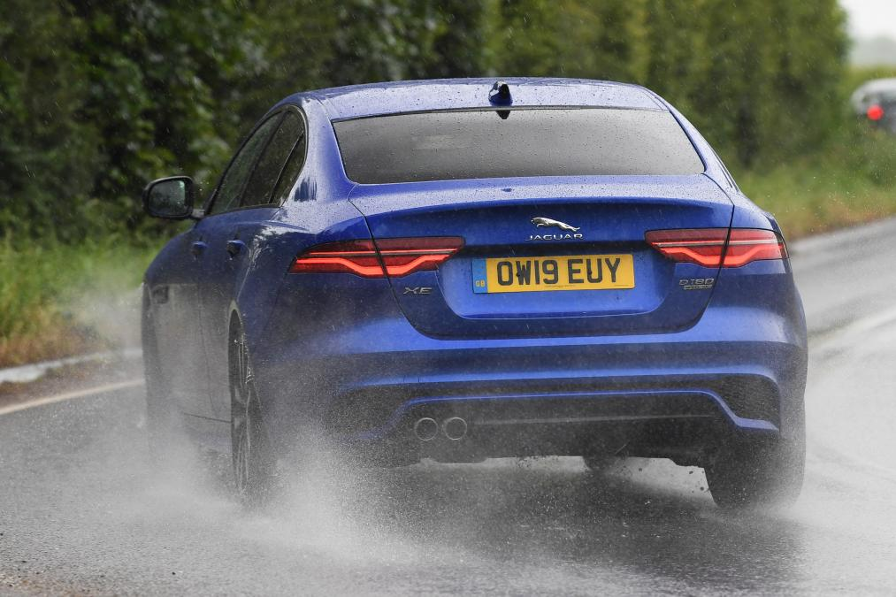 New Jaguar XE facelift 2019 review