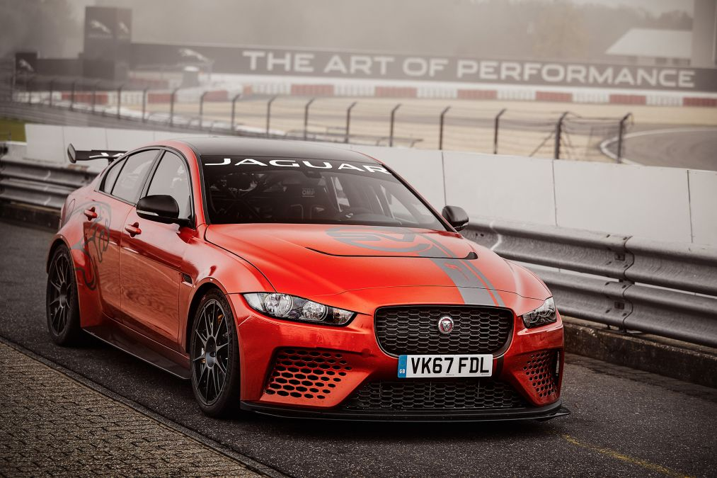 Jaguar XE SV Project 8 breaks Nurburgring record, again