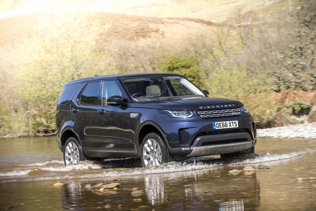 Best off-road SUVs: Land Rover Discovery