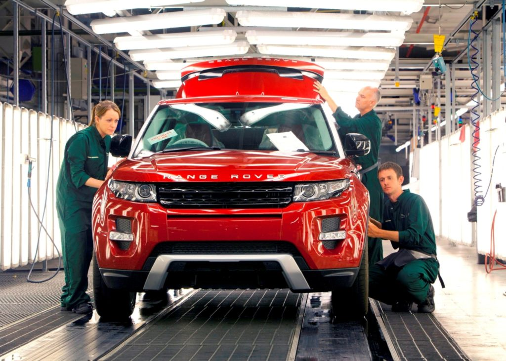 Jaguar Land Rover invests in mobility and roadside assistance