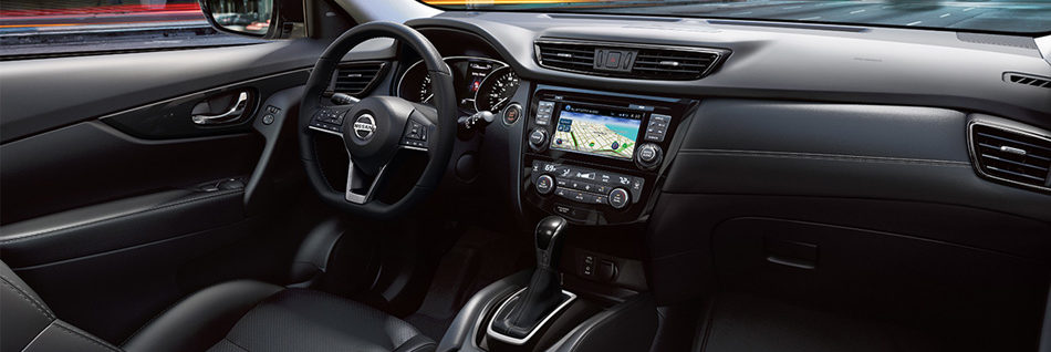 2019 Nissan Rogue black leather front interior
