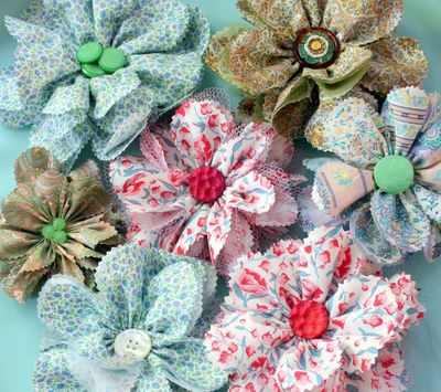 Totally Tulle DIY Fabric Flowers   FaveCrafts com Totally Tulle DIY Fabric Flowers