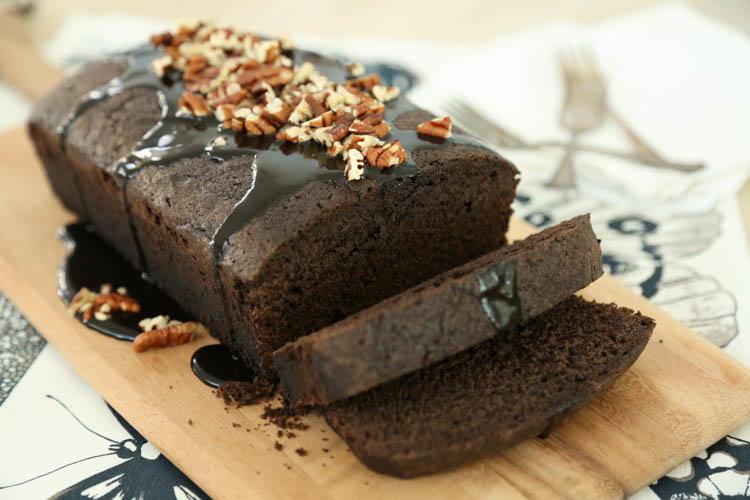 Grandma S Chocolate Pound Cake Favesouthernrecipes Com