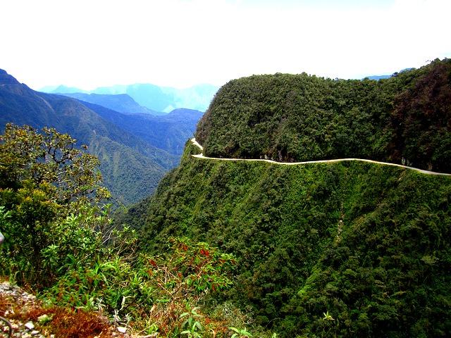 "Que voir en Bolivie ? La route de la mort © <a href=""https://www.flickr.com/photos/anijdam/"" target=""_blank"">Alicia Nijdam</a>"
