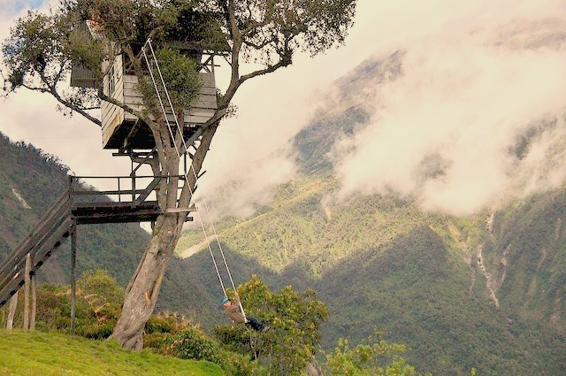 Swing at the End of the World, Baños, Ecuador Crédit photo à : Rinaldo Wurglitsch