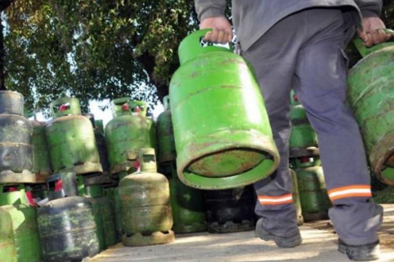 Exitosa venta de garrafas en diferentes puntos de la provincia