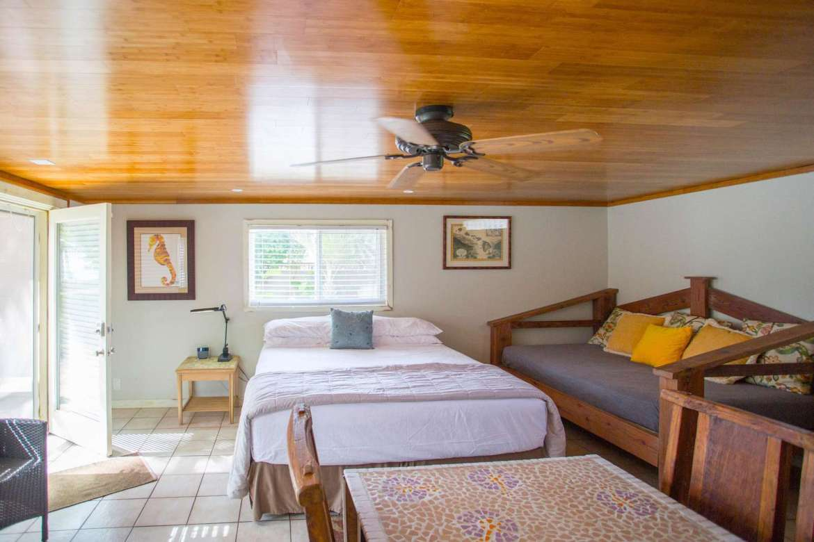 COCO BUNGALOW  Cal. King bed,+ full daybed to right